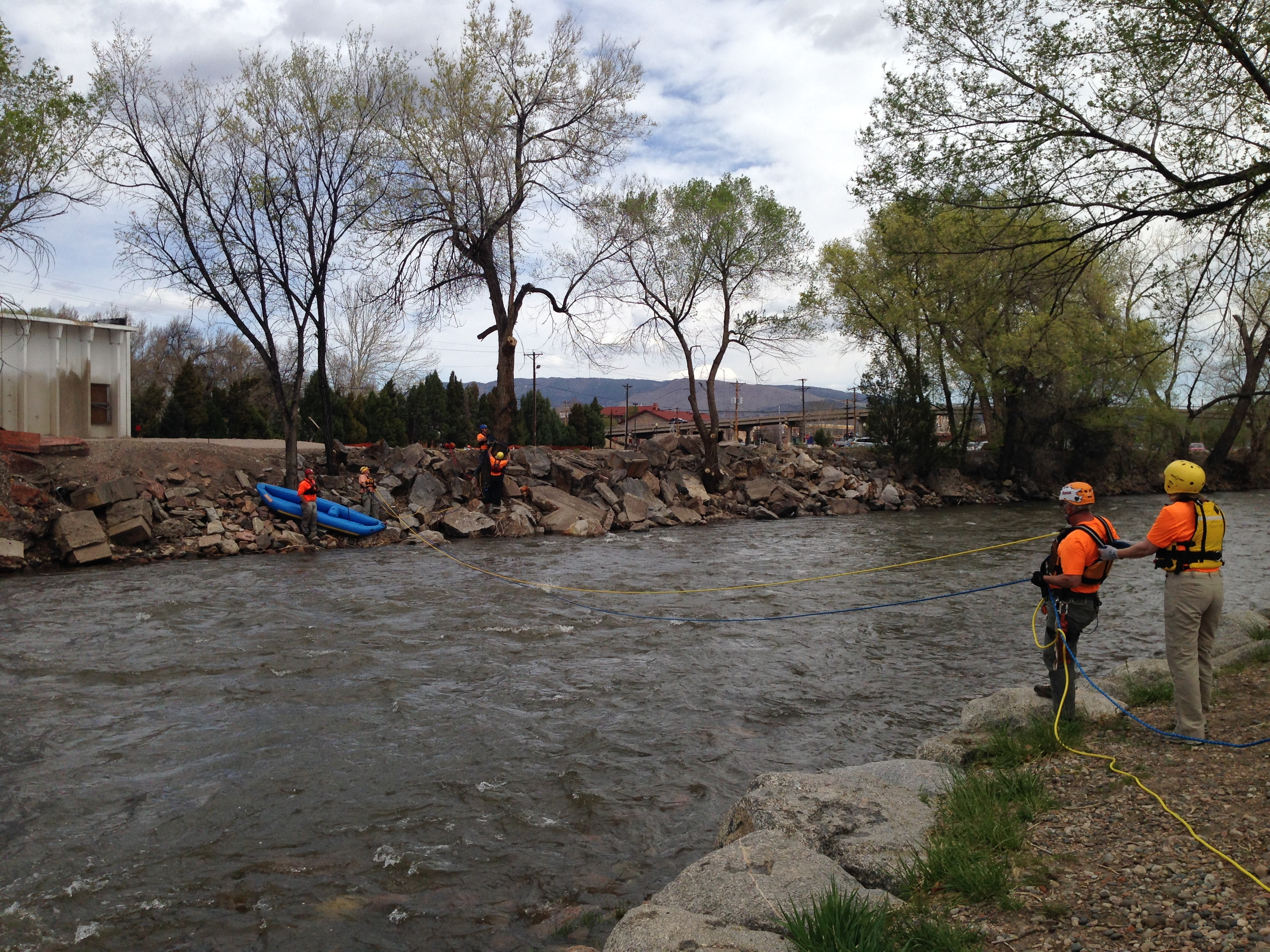 Swiftwater Training 04-26-14 005
